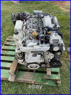 Cummins 4BT Marine Diesel Engine with Transmission Twin Disc -MG-5005A