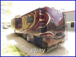 Forest River Tsunami 41'6 Diesel Pusher Cummins ISL Engine 4 Slide Outs 2005