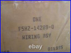 NOS OEM Ford 1993 1994 B F 600 700 800 Series Truck Engine Wiring Harness Cummin